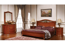 Спальня «Виолетта» в комплект входит: кровать 160х200; комод с зеркалом; тумбочка 2-штуки